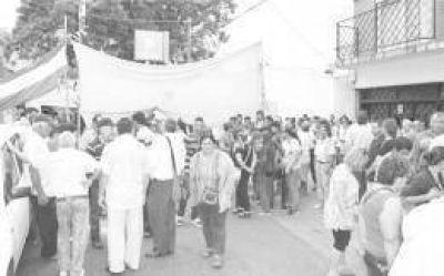Unos 40 mil afectados de la represa en el Paraguay reclaman ser indemnizados por la EBY