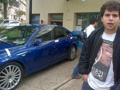 """Secuestran auto propiedad de una Cónsul Alemana que corría """"picadas"""" en la costanera de Concordia"""