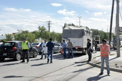 Controles sorpresivos en vehículos que ingresaban a la ciudad con mercadería
