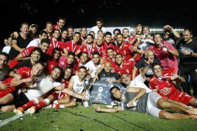 Huracán es campeón de la Copa Argentina, tras vencer a Rosario Central en una emotiva definición por penales
