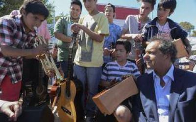 Scioli inauguró Unidad Sanitaria en Avellaneda