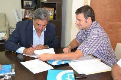 ANSeS y el Municipio firmaron el convenio para financiar la compra de terrenos