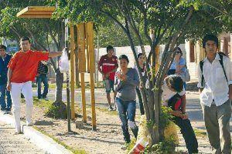 Miles de santiagueños afectados por el paro de UTA de ayer a la mañana