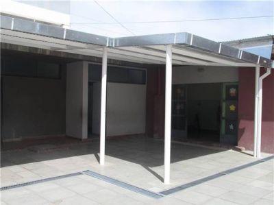 Se inauguró una galería techada en la Escuela N° 6