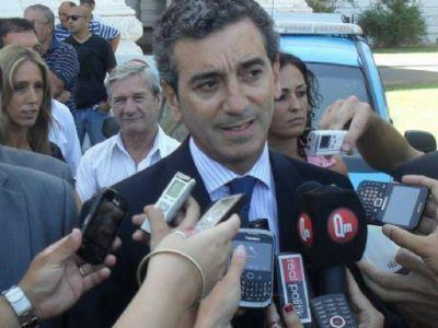 Randazzo se envalentonó con el guiño de La Cámpora y ratifica que irá por la presidencia
