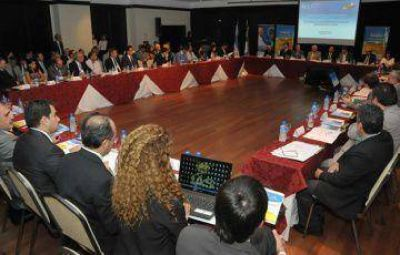 Darío Bacileff Ivanoff inauguró la sesión de ALEA por los 50 años de Lotería Chaqueña