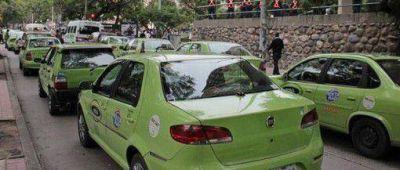 """Remiseros paran el lunes por reformas """"negativas"""" en ordenanza"""