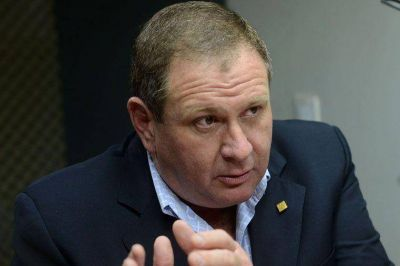 UCR: lanzaron a Rogel para la Gobernación