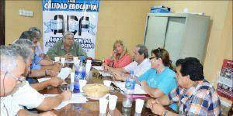 Ocho gremios representativos del sector docente acordaron una lista de unidad