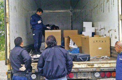Piratas del asfalto roban millonario cargamento de aire acondicionado