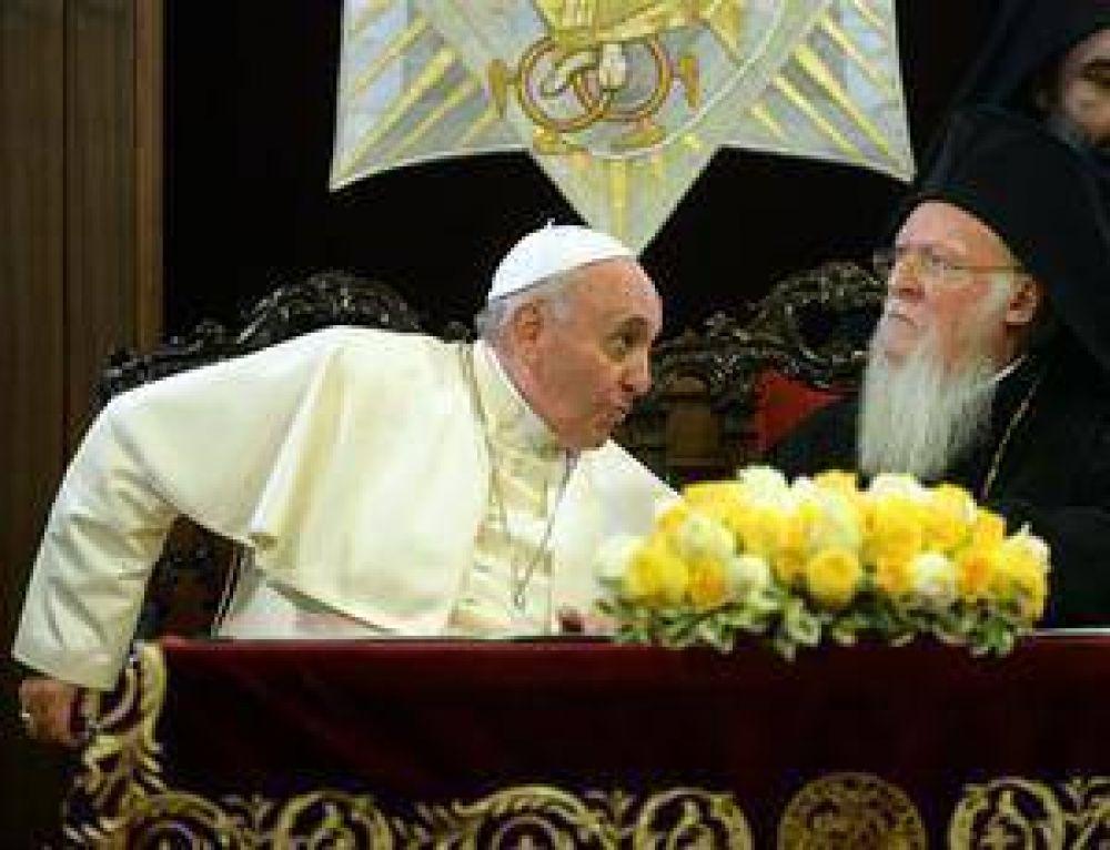 El Papa pide a los líderes islámicos más firmeza con el terrorismo