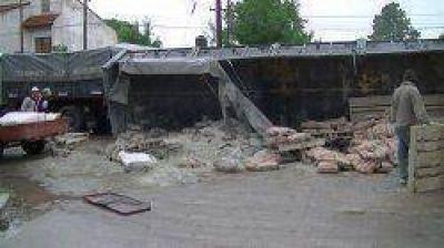 Distintos accidentes de tránsito dejaron ocho lesionados y cuantiosos daños