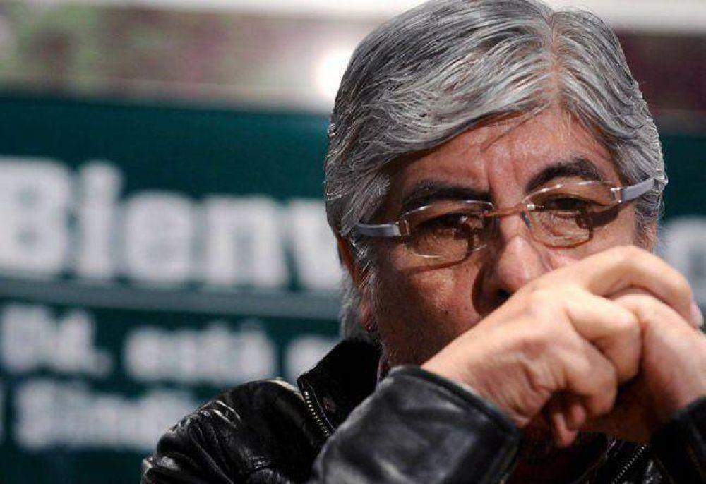 """Moyano a Kicillof por Ganancias: """"¿Por qué no donan la mitad de sus sueldos?"""""""