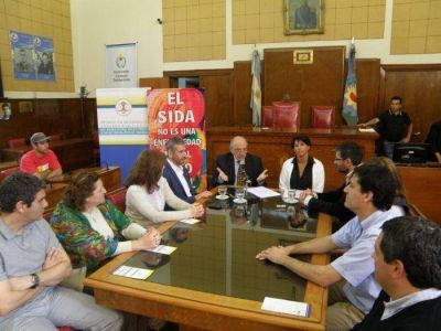 Conmemoraron el Día Internacional de la lucha contra el VIH-Sida