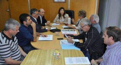 El oficialismo avanza con una solución para trabajadores de Ecom