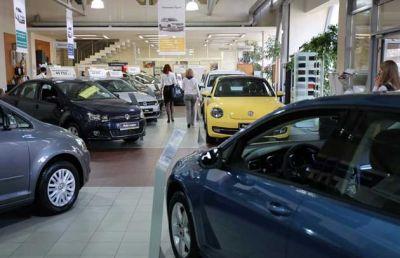 Concesionarias se encaminan a cerrar el a�o con 680.000 autos vendidos