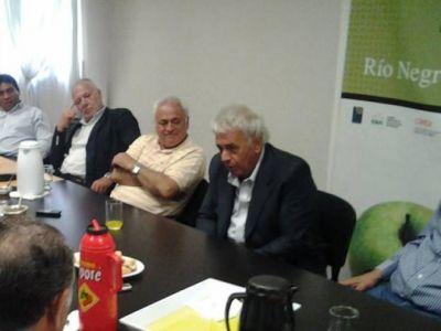 De la Sota visitó Jaccobacci y Maquinchao