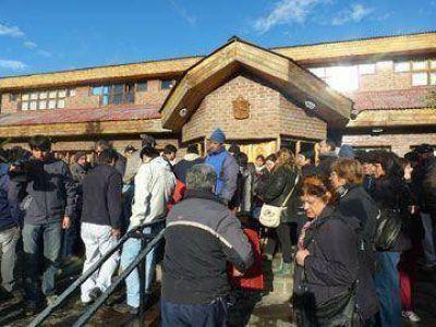 Municipales de Río Turbio aceptan oferta salarial y levantan el paro