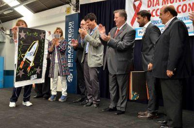 Salud participó de concurrida jornada de prevención del VIH en el Municipio de Berazategui