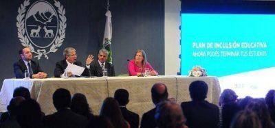 """Poggi: """"El Plan de Inclusión Educativa es una fuerte apuesta al futuro de San Luis"""""""