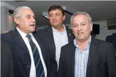 Los senadores corpaccistas denunciaron un pacto Mera-FCS