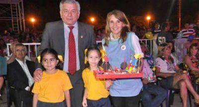 Infante cerró el ciclo lectivo 2014 de jardines municipales con 1400 egresados