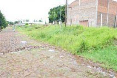 En el barrio 70 Viviendas exigen presencia municipal