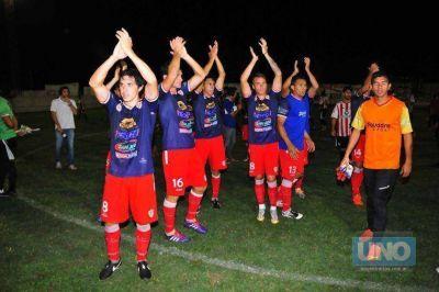 Paraná quedó a un paso del ascenso