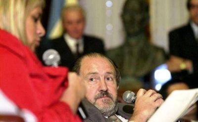 """Verna: """"El Gobierno protege a las telefónicas"""""""