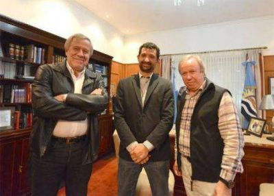 Peralta se reuni� con el grupo Electroingenier�a para dialogar por el inicio del financiamiento de las represas