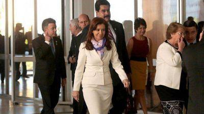 Cristina Kirchner viaja a Quito, donde inaugurará la sede de Unasur