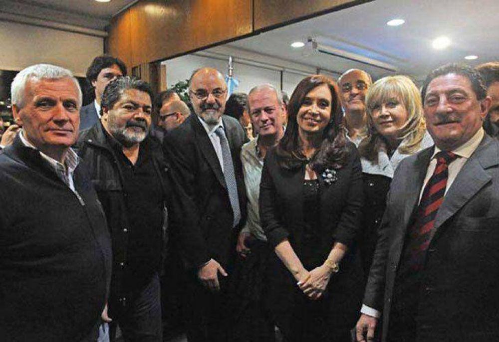 Tras el anuncio de Cristina, los gremios suspenden el paro y elogian al Gobierno