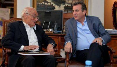 El Gobernador se reuni� con el economista Aldo Ferrer