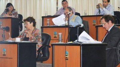 El Concejo reclama por la tardanza para implementar descuentos en el transporte