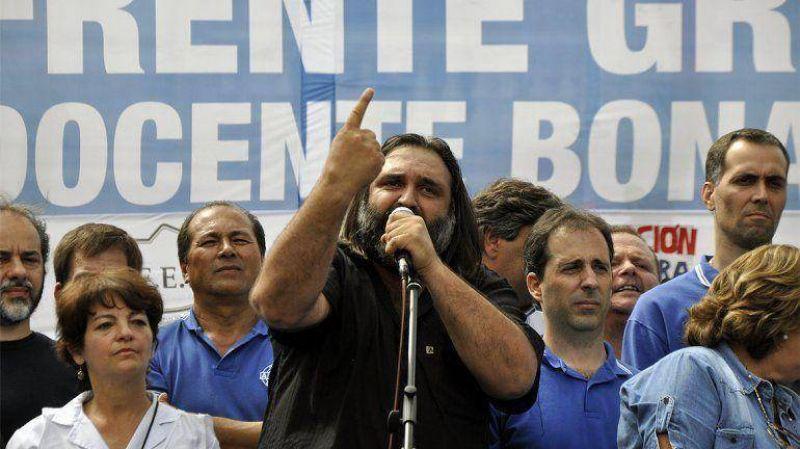 Docentes: habr� paros en dos provincias y Scioli convoc� esta semana a los sindicatos