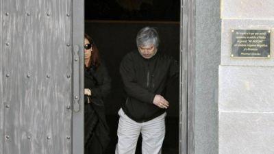 Otros dos jueces investigan datos de los negocios de Báez y el hotel de Cristina