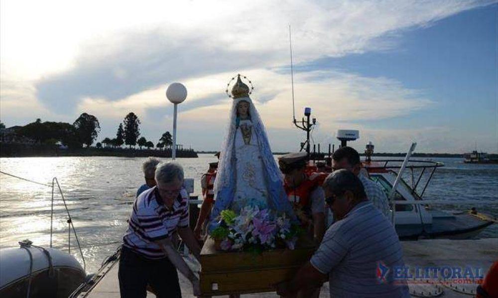Misa y chamamé en el puerto capitalino para recibir a la Virgen Peregrina de Itatí