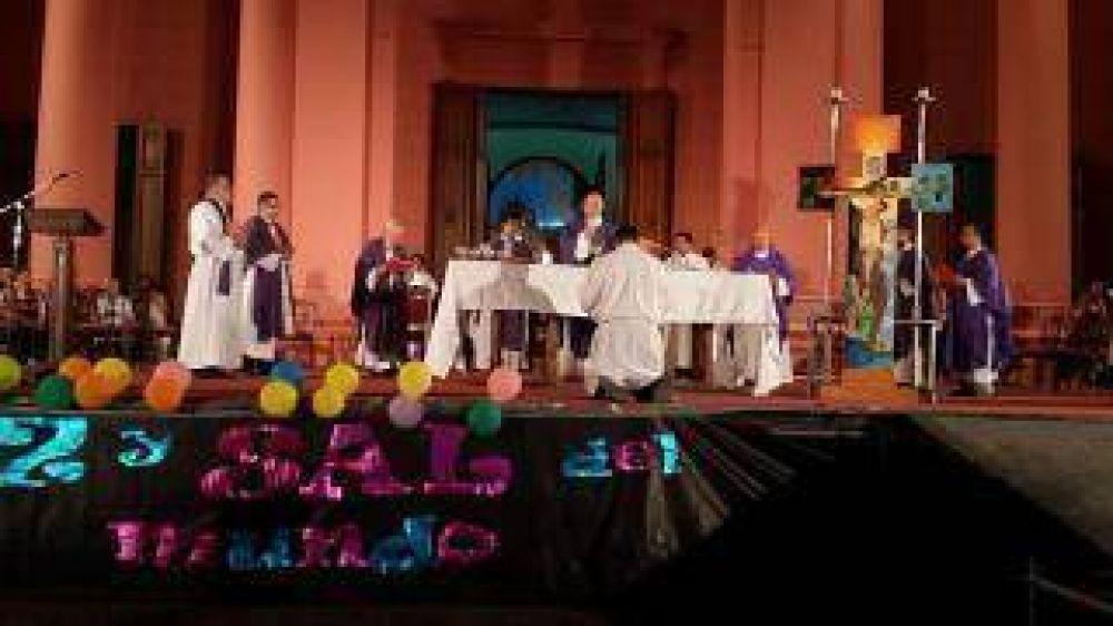 Los jóvenes homenajearon a la Virgen del Valle