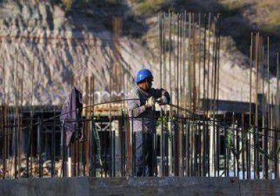 La demanda de trabajo en Neuquén cayó 35 por ciento