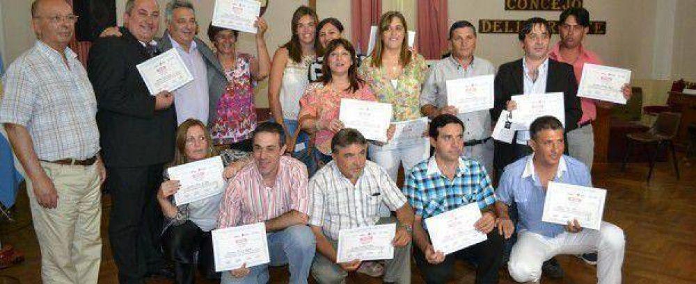Trabajadores municipales egresaron del Programa de Terminalidad de Nivel Secundario