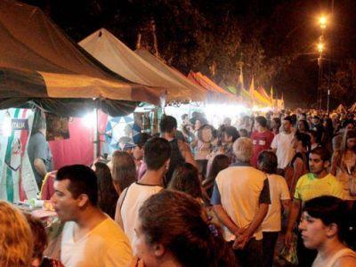 Exitosa Feria de las Colectividades