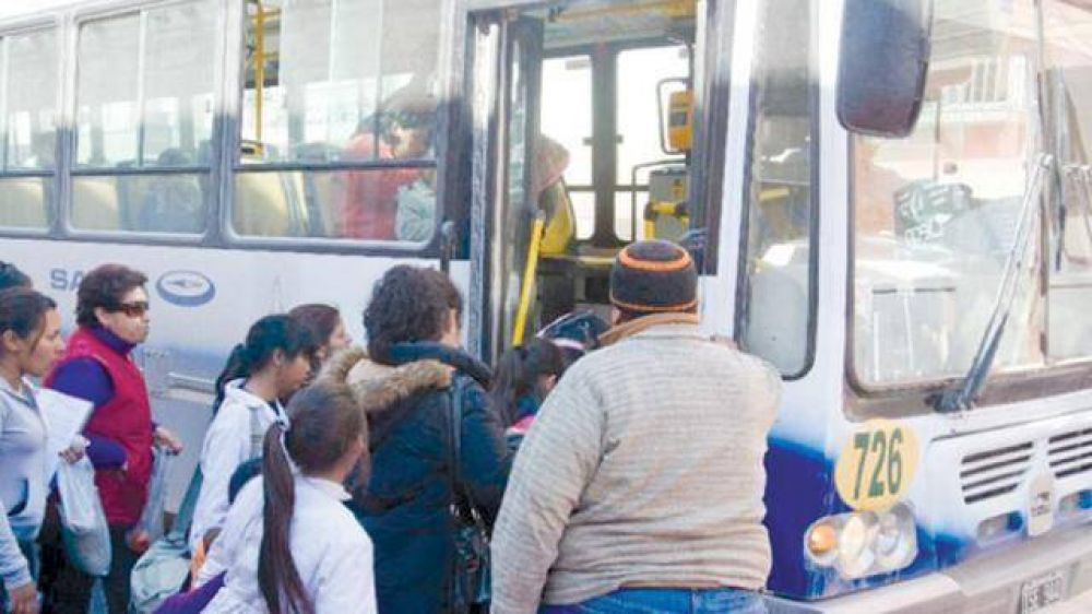 Primarios y secundarios los más penados por mal uso del pase libre