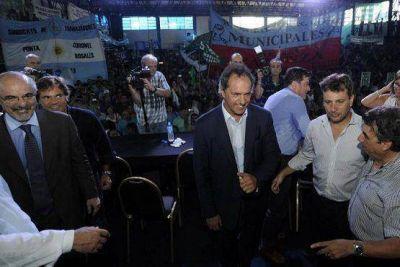 Scioli celebró la promulgación de la nueva Ley de Paritarias Municipales