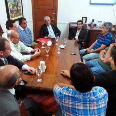 Gobierno y municipios discuten la letra chica de la coparticipación