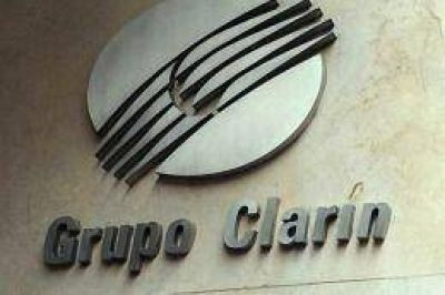 La justicia dispuso otra cautelar para Clarín y suspendió la adecuación de oficio del grupo