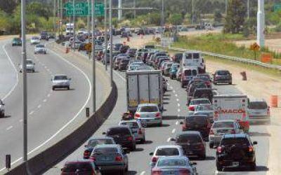 Autopista Buenos Aires-La Plata: Cámaras identificarán autos con deuda de patente