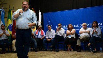 Dirigentes alentaron por Urribarri en la Cumbre Social