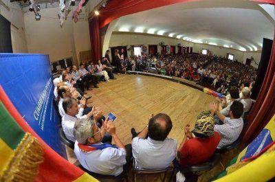 Militantes de toda América del Sur elaboran propuestas para elevar a la Cumbre de Presidentes