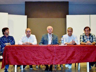 Fernando Niembro y Javier Castrilli debatieron sobre la Ley Nacional de Clubes de Barrio