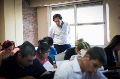 Policía Local: Los 2700 inscriptos comenzaron con los exámenes